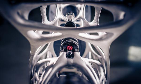 Peering through the Light Rider's skeleton (Photo: Airbus APWorks)