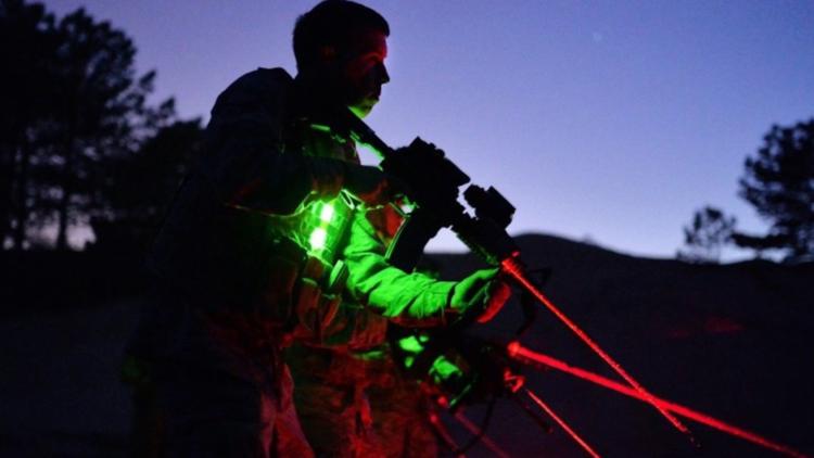 army-heartbeat-lasers-650-feet