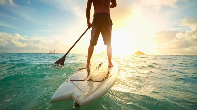 facebook-Linked_Image___healthy-lifestyle-paddleboard-GettyImages-482135485