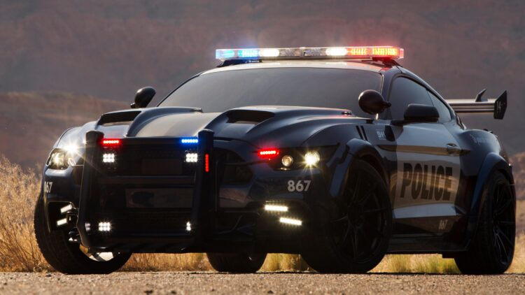 facebook-Linked_Image___Transformers Police Mustang Barricade