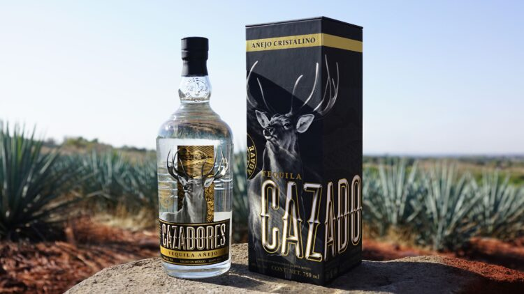 FY19_Cazadores_Agave-Lifecycle_Agave-Field-Cristalino-With-Box