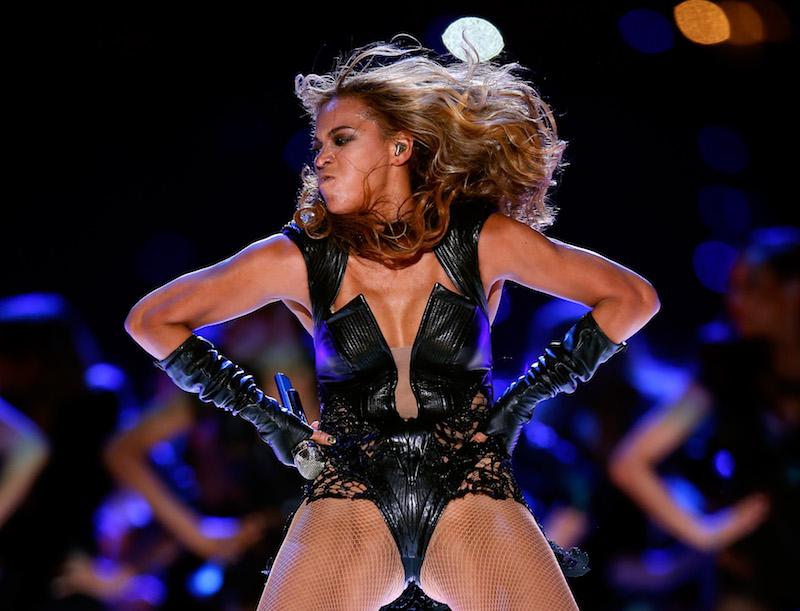 np020516_Beyonce_erase.jpg