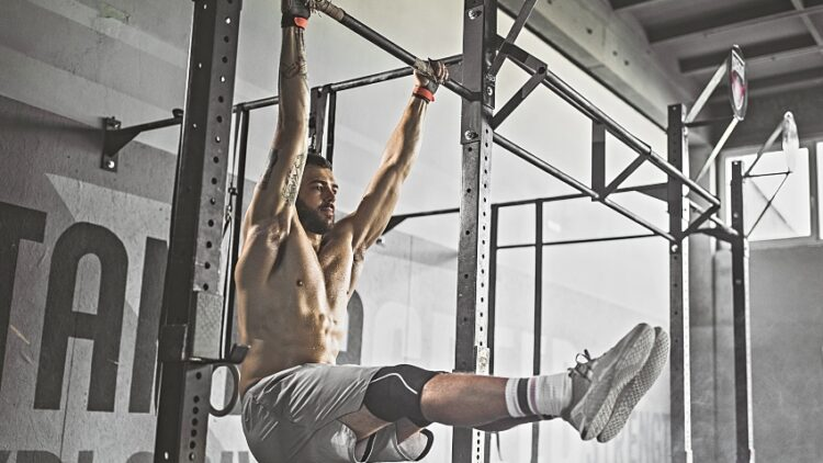 gym-workout-pullups-GettyImages-1093939052 (1)