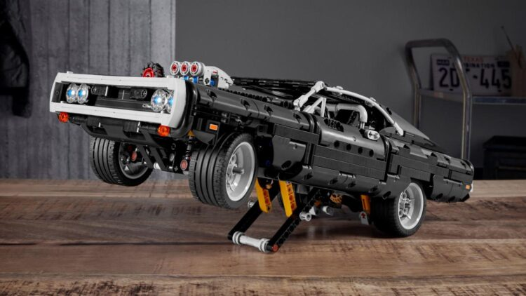 Lego Technic Dom's Dodge Charger Promo