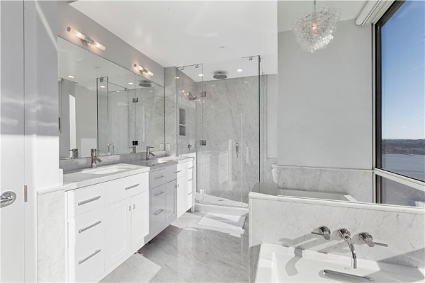 A sweet bathroom