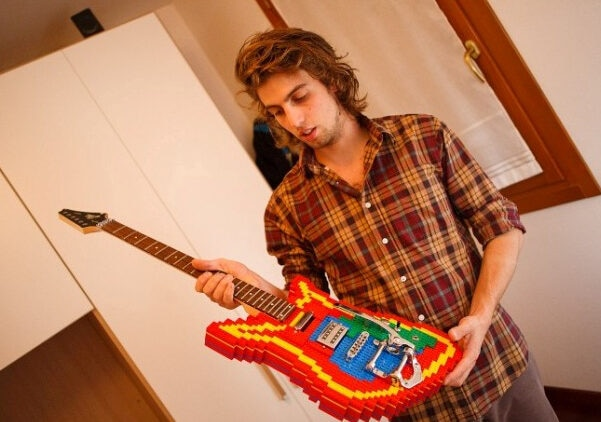 A working LEGO electric guitar