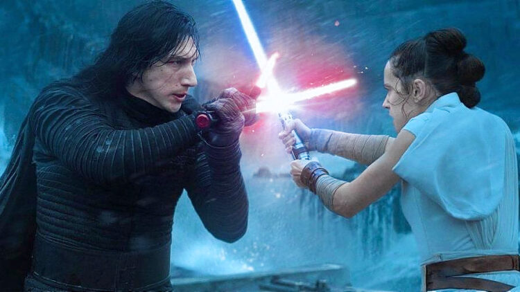 Kylo Ren (Adam Driver) and Rey (Daisy Ridley) locked in combat in The Rise of Skywalker.