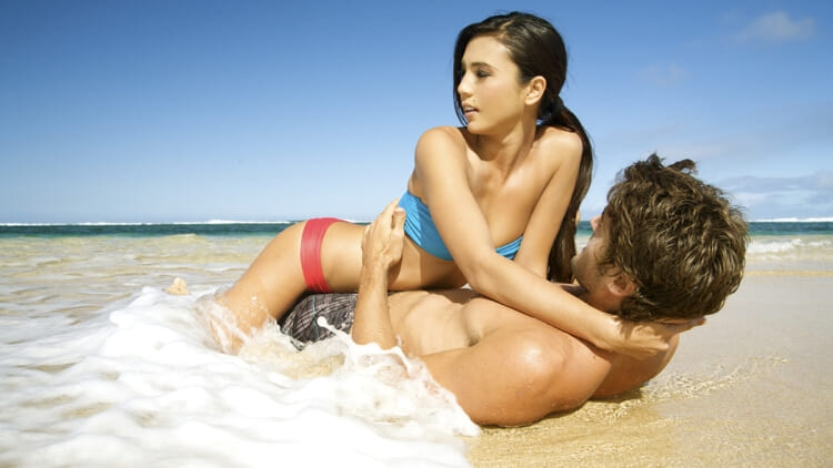sexlifeqanda_beachsex_article.jpg