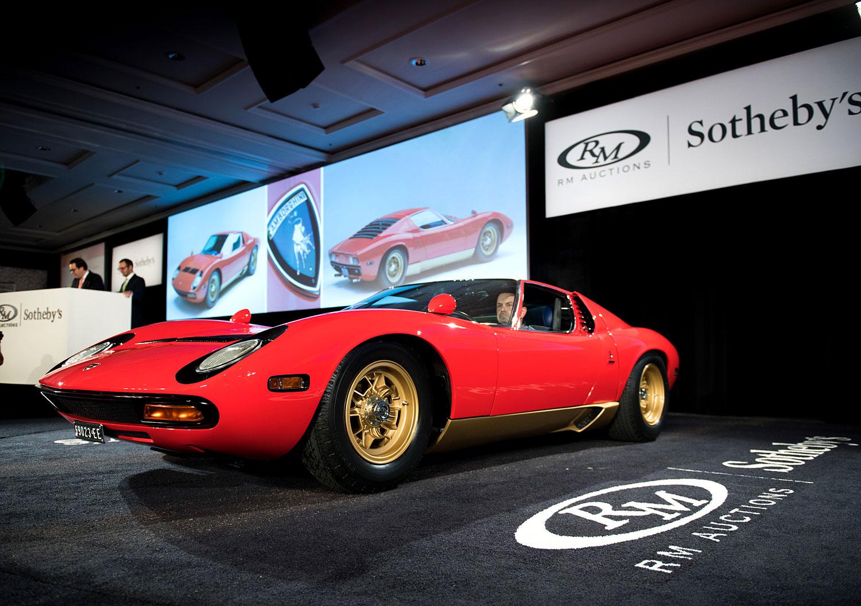 1971 Lamborghini Miura SV - Sold for $2,310,000