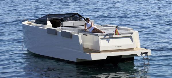 Great for speeding around or bobbing along (Photo: De Antonio Yachts)