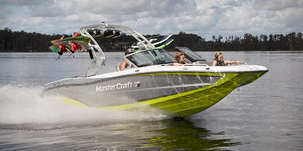 This compact, versatile powerboat is yours for just $83,330 (Photo: MasterCraft)