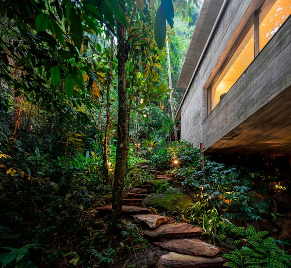 Your own private path (Photo: Fernando Guerra)